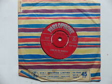 LAURIE LONDON Down by the riverside / I'll make her forget him   45 R 4801
