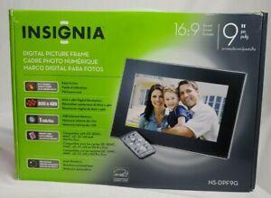 "Insignia Digital Picture Frame 9"" 16:9 NS-DPF9G 1GB Internal Memory NIB"