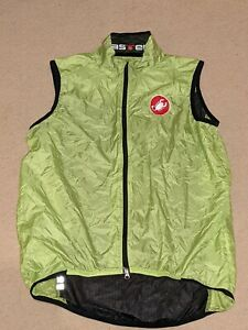 Castelli Cycling Gilet - Yellow - with stuff sack- wind and waterproof