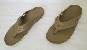 Mens Size 11 Khaki Stucco Crocs Swiftwater Deck Flip Flop Sandals 204961-26P