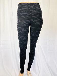 LULULEMON size 4 blue camo camouflage full length leggings pants