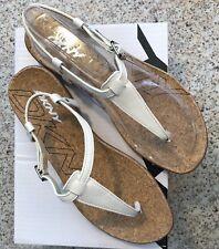 DKNY Sabrina Natural Cork Thong Sandals Shoes 9 NIB NEW