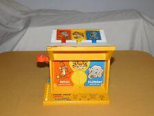 VINTAGE CHILD TOY GAME 1971 FISHER PRICE ANIMAL SCRAMBLE GAME