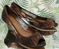 DONALD J PLINER TIGER PRINT BROWN SLIP ONS DRESS HEELS SHOES US WOMENS SZ 8 M