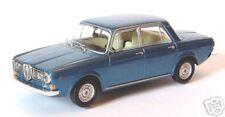wonderful modelcar Lancia 2000 Saloon 1971 in blue met