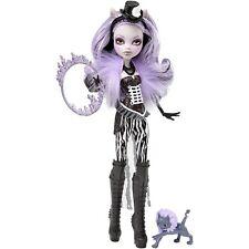 Monster High Freak du chic Clawdeen Wolf poupée-Entièrement NEUF dans sa boîte