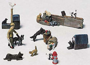 Dogs & Cats metal castings - Model Train Accessories -HO Woodland Scenics