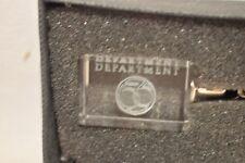 Dept 56  Clear Crystal Cube Keychain     #53050   (e1118P)