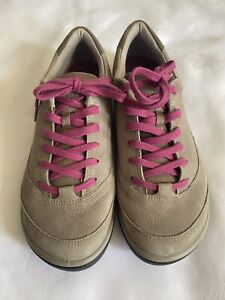 Ecco Ladies Biom Natural Motion Trainers Walking Shoes - size 40/ UK 7