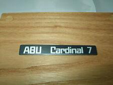 ABU Cardinal 7 lato Placca Distintivo Adesivo Decalcomania