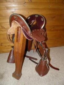"Military Vintage Oxblood Brown McClellan US Cavalry Saddle 16.5"" Seat 4"" Wide"