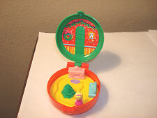 Polly Pocket Totally Toy Holiday -Girls 1 Pc. McDonalds Happy Meal 1993