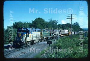 Original Slide D&H Delaware & Hudson GP39-2 7612 & 2 Action In 1977