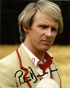 PETER DAVISON 5th FIFTH DR WHO SIGNED AUTOGRAPH 6 x 4 inches PRE PRINTED PHOTO