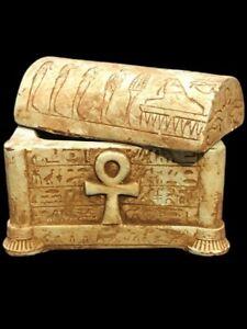 LARGE BEAUTIFUL ANCIENT EGYPTIAN HIEROGLYPHIC JEWELLERY BOX (1)