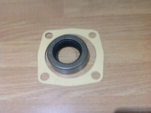 Fordson Dexta and Super Dexta Tractor PTO Oil Seal And PTO Housing Gasket