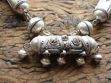 Muy Grande marroquí empañada brillante barril metálico recargado Perla Collar