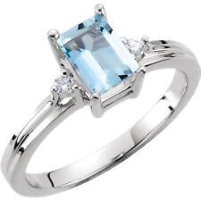 14k White Gold Aquamarine and Diamond Ring Size 6