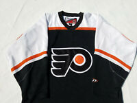 Philadelphia Flyers Jersey Mens Medium Pro Player black & white m vintage NHL