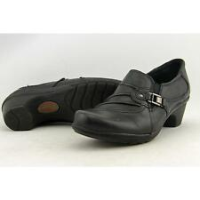 Earth Leather Med (1 in. to 2 3/4 in.) Flats for Women