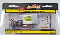 WOODLAND SCENICS 1/87 HO SCALE CHIP'S ICE TRUCK W/ 3 FIGURES AUTO SCENES 5557 FS