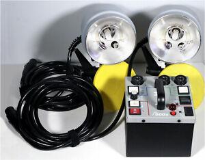 Dynalite M500x Kit, 2-1015 heads, 2 stands, 2 umbrellas w/case- EX. COND