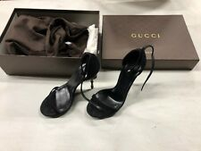 Gucci Kid Scamosciato Nero Pump Heels With Spikes size 37/6