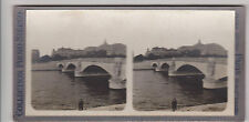 COLLECTION PHOTO STEREO- PARIS- LE PONT D'IENA - PERSONNAGES sur la BERGE