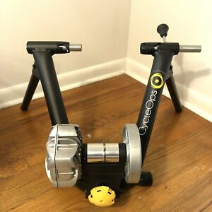 CycleOps Fluid2 Bike Trainer Indoor Cycling Stand Training Exercise