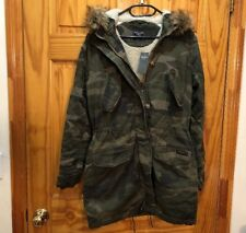 NWT Abercrombie & Fitch Womens Olive Camo Sherpa Lined Twill Parka Jacket Size M