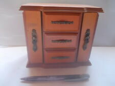 Armoire à Bijoux / JUWELRY CABINET/ Schmuckkästchen, Bois Wooden Holz 14x17x19cm