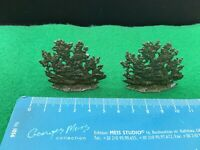 Vintage Britains Era Lead Garden/Home.Pair Of Small Red Flowering Bushes. 1/32