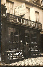 CARTE POSTALE PHOTO FABRIQUE MAGASIN DE CHAUSSONS 1912
