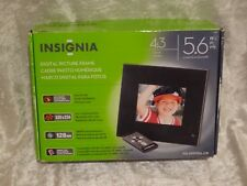 NEW - Insignia 5.6 Inch 4:3 Digital Photography Picture Frame NS-DPF5SA-09