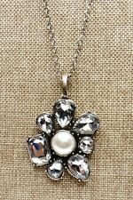 Pearl Flower Shaped Pendant & Chain A65) Premier Designs Pretty Crystal & Faux