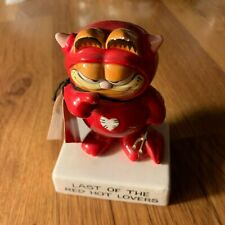 Vintage Porcelain Garfield Last of the Red Hot Lovers Figurine 1981 Syndicate