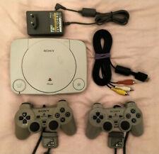Playstation 1 PSone Konsole (PAL) grau + 2 Controller + Kabel (SCPH-102) + Card