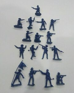 BMC Toys Cavalry On Foot Shot By Arrows Plastic 54 mm Figurines New Unpainted