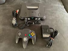 Nintendo 64 / N64 Konsole NUS-001(EUR) Schwarz + Controller + Anschlusskabel