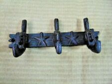 BLACK RUSTIC PISTOL GUN COAT HOOK LODGE HOUSE CABIN WALL WESTERN CAST IRON