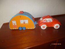 volkswagen coccinelle et caravane pliante   plastique 1970 53 cm jouet italie