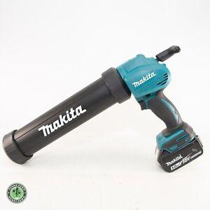 Makita XGC01 18v Cordless Caulk/adhesive Gun w/ 5.0Ah Battery