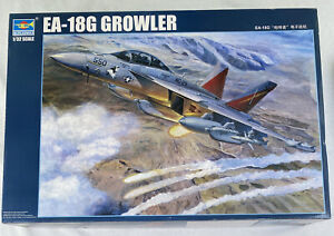 TRUMPETER 1/32 EA-18E GROWLER SUPER HORNET JET FIGHTER MODEL US NAVY KIT #03206