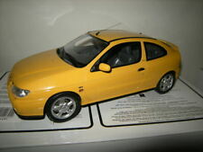 1:18 Otto Mobile Renault Megane MK 1 Coupe 2.0 16V in OVP Limited Edition