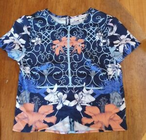 Three of Something Hyper Floral Cropped Top, Size XS (new)