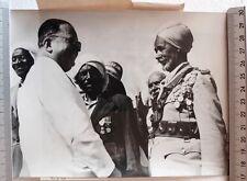 PHOTO PRESSE 1956 Robert LACOSTE Colomb-Bechar anciens combattants algériens