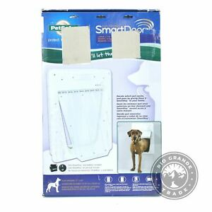 OPEN BOX PetSafe Electronic SmartDoor with Electronic SmartKey in White - Large