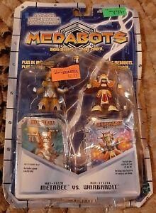 Hasbro 2002 Medbots Metabee vs Warbandit