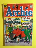 ARCHIE #183 THE FIRST PEACE Cave girl swimsuits - Archie Series 1968 Very Good+