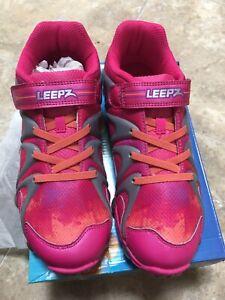 Stride Rite Leepz Light Up Sneaker Kids Girls Shoes sz 3 M Pink Leather